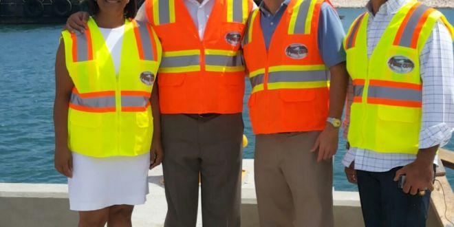 Ejecutivos Carnival invitan al Vice Ministro ver avances construcción terminal Turística Maimón
